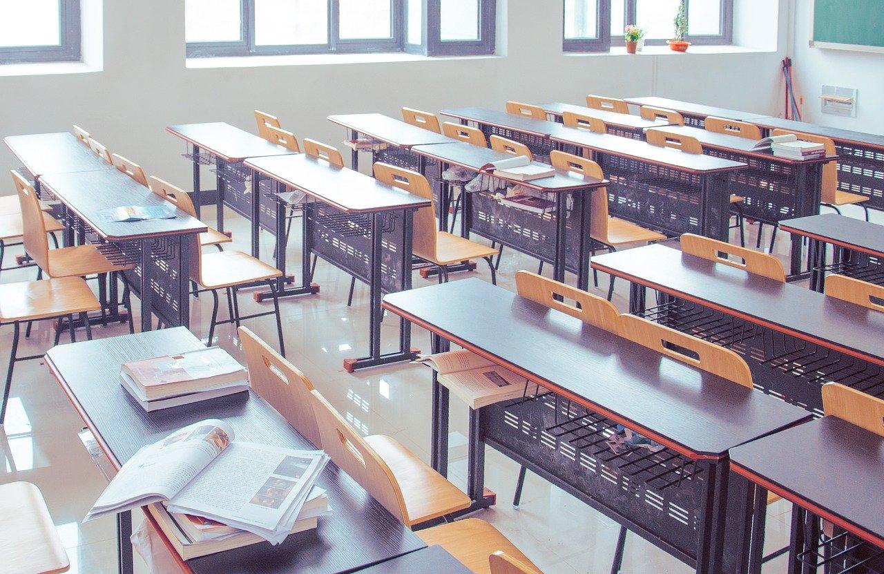 classroom, guiyang, tables